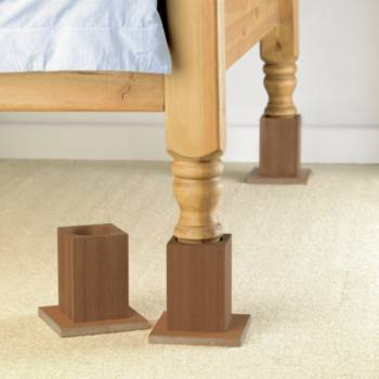 elevateurs en bois pour lits. Black Bedroom Furniture Sets. Home Design Ideas