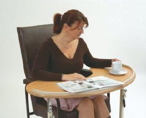 Tables de lit tables de lecture tables de chambre plateaux de lit tablettes table fauteuil - Table pour fauteuil roulant ...