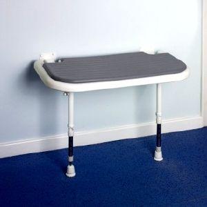 aides a la douche pour personnes fortes et obeses. Black Bedroom Furniture Sets. Home Design Ideas